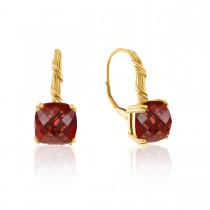 Fantasies Garnet Drop Earrings in 18K yellow gold