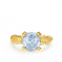 Fantasies Sky Blue Topaz Cocktail  Ring in 18K yellow gold
