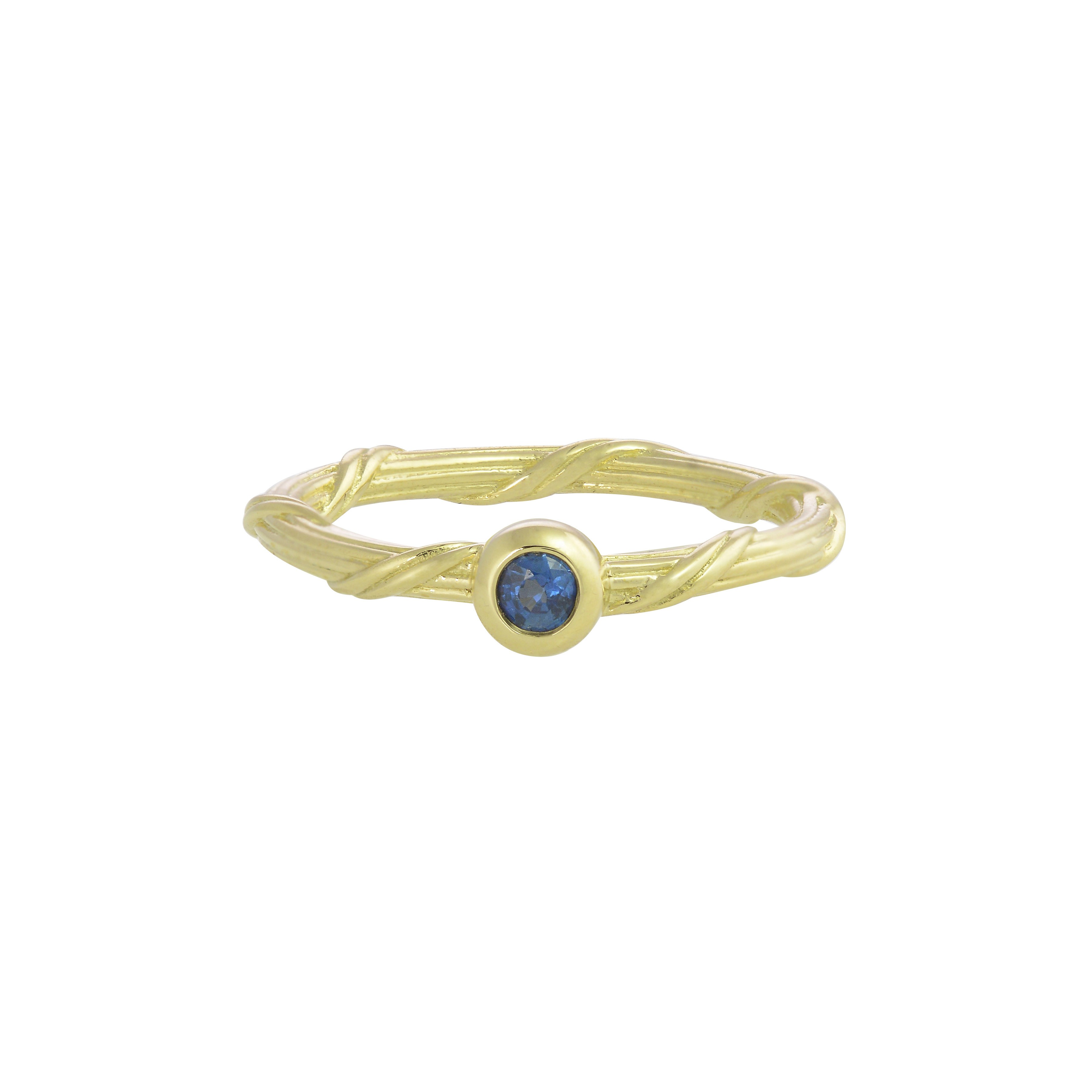 Heritage Sapphire Ring in 18K gold