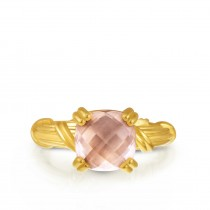 Fantasies Rose Quartz Cocktail Ring in 18K yellow gold